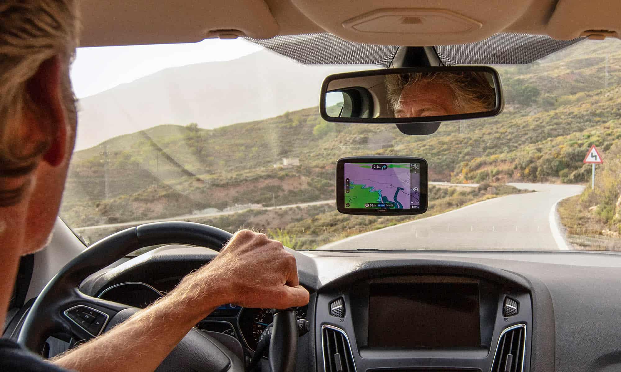 Tomtom student deals driving navigation